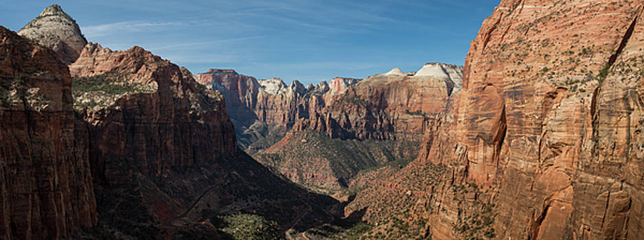 Zion Canyon Overlook by Steve Gadomski