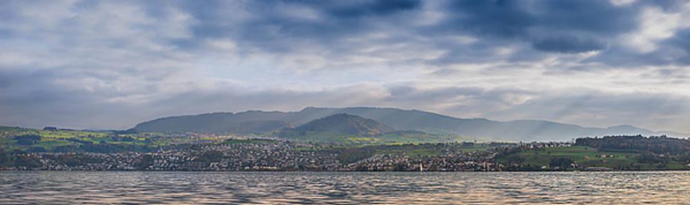 Zurisee Panorama by Nicolas Artola