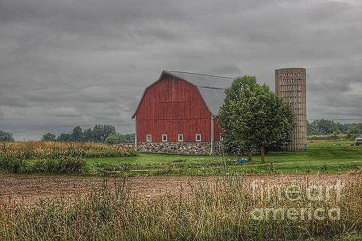 0343 - Clifford Road Red II and Silo by Sheryl L Sutter