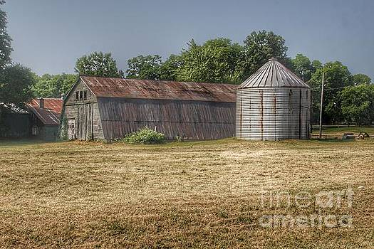 0349 - Hough Road Quonset by Sheryl L Sutter