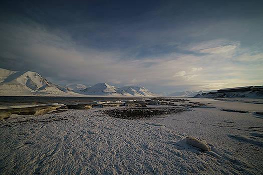 Adventfjorden by Kai Mueller