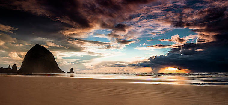 Cannon Beach Panorama by Andrew Soundarajan