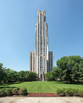 Cathedral of Learning building at the University of Pittsburgh by Steven Heap