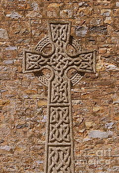 Celtic Cross by Andy Thompson