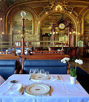 Dining At Le Train Bleu by Dave Mills