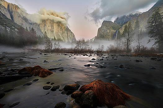 Jon Glaser - Dusk in Yosemite