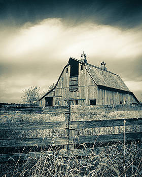 Fall Day on the Old Barn BW by Rick Grisolano Photography LLC