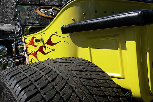 Hot Yellow by Rik Carlson