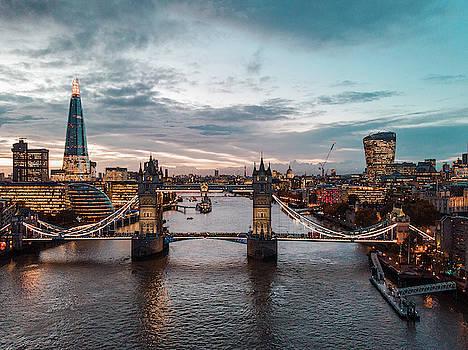 London by Chris Thodd