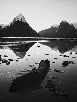 Milford Sound by Khaled Hmaad