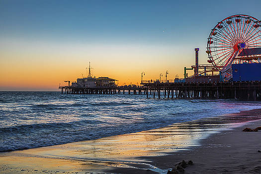 Pacific Park On The Pier by Gene Parks