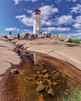 Peggy's Cove by Ken Morris