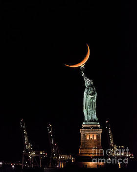 Statue of Liberty by Zawhaus Photography