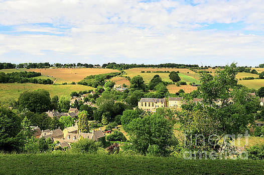 The Stone built Cottages of Naunton village by Dave Porter