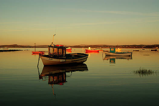 10/11/13 MORECAMBE. Boats on the Bay. by Lachlan Main