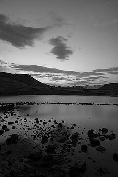 Sunset in black and white by Vicen Photography