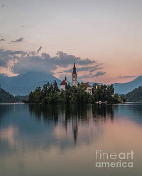 Lake Bled by Sebastien Coell