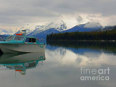 Maligne Lake Jasper National Park Alberta Canada by Art Sandi