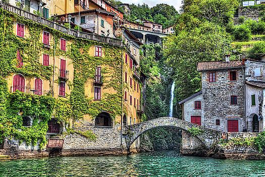 Nesso - Italy by Joana Kruse