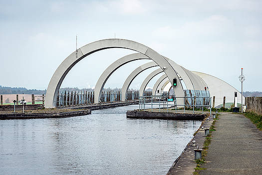 The Falkirk Wheel by Svetlana Sewell