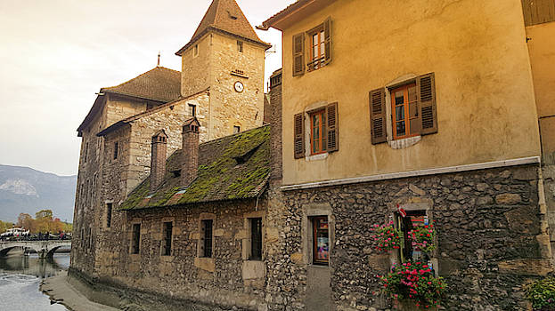 The region of annecy seems to have something for everybody in di by Kim Vermaat