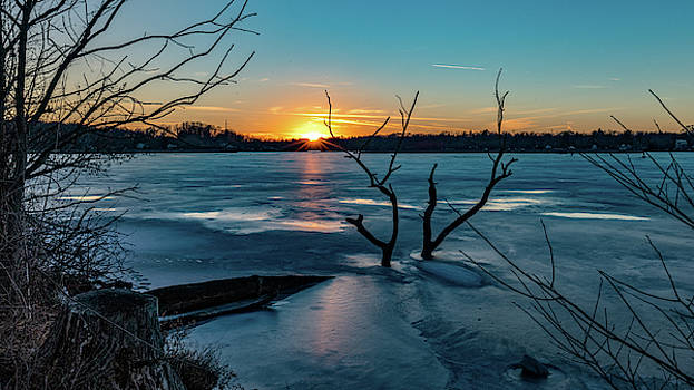 2019-012/365 January Sunset by Randy Scherkenbach