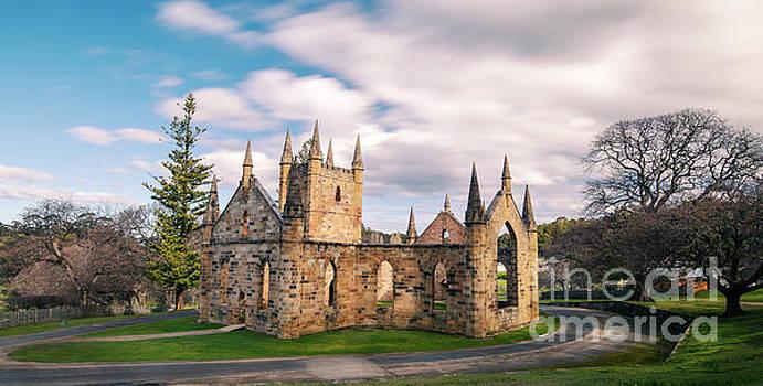 Port Arthur building in Tasmania, Australia. by Rob D