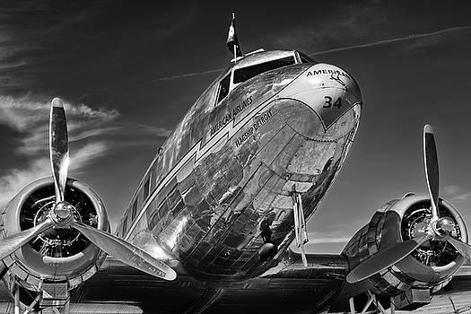Douglas DC-3  by Chris Buff