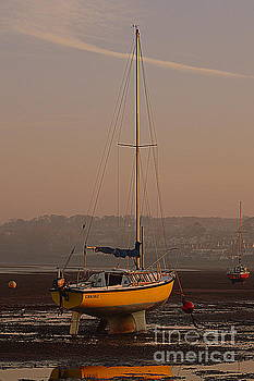 Yacht by Andy Thompson