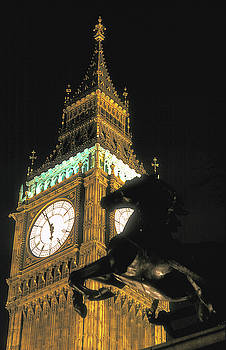 Big Ben at Night by Carl Purcell