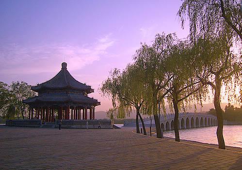 Beautiful photograph of the Summer Palace, YiHeYuan, in Beijing, China by Steve Clarke