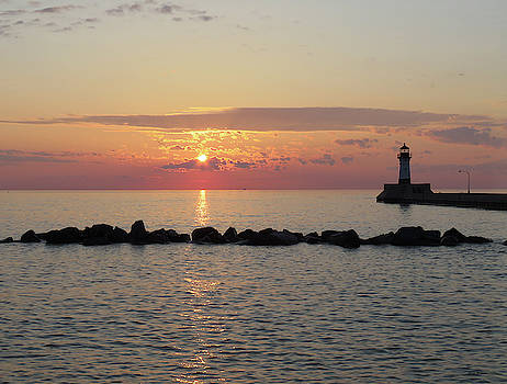 North Pier Lighthouse by Alison Gimpel