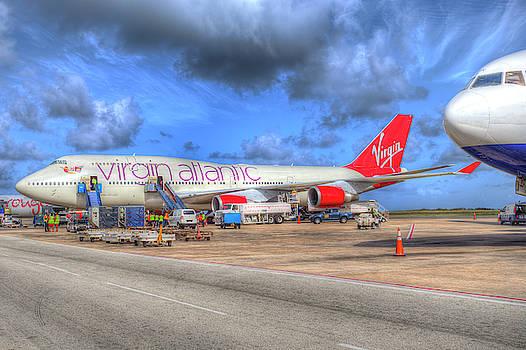Virgin Atlantic Boeing 747 by David Pyatt