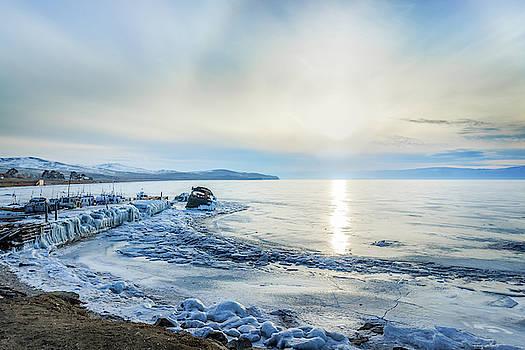 8 Frozen wharf and Halo by Svetlana Korneliuk