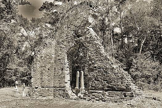 A Look Through Pon Pon Chapel Of Ease Jacksonboro South Carolina Black And White by Lisa Wooten