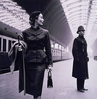 A Passing Glance by Toni Frissell