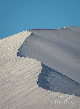 A Ripple In Sand by Jon Vemo
