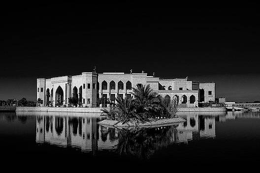 Al Faw Palace, Baghdad, Iraq. by Lee Craker