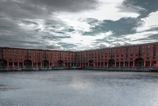Albert Dock Liverpool by Jeff Townsend