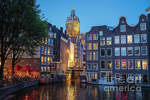 Amsterdam After Dark by George Oze