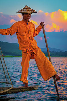 An Intha Fisherman by Chris Lord