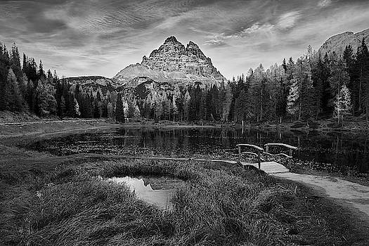 Antorno Lake II by Jon Glaser