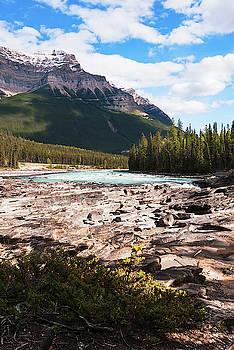 Athabasca river I  by Yuri San