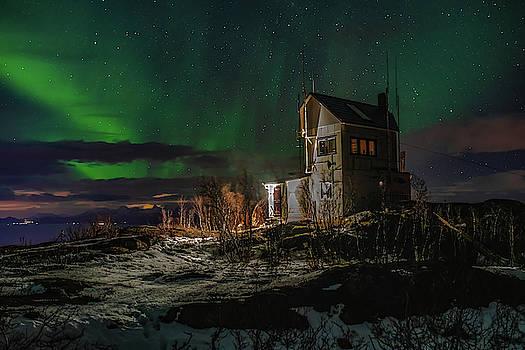 Aurora over the radio station by Kai Mueller