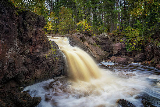 Susan Rissi Tregoning - Autumn at the Amnicon River Upper Falls