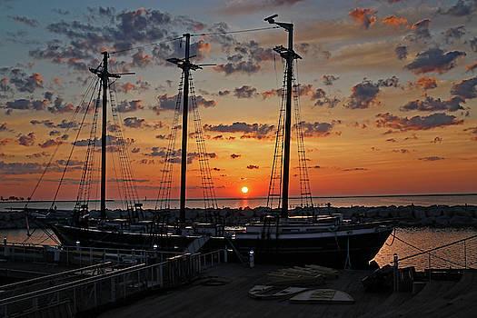 Dsv Sunrise by Steve Bell