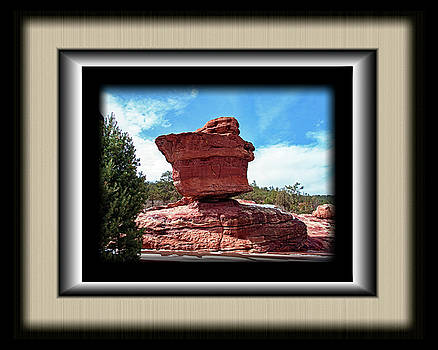 Balanced Rock 2019 by Richard Risely