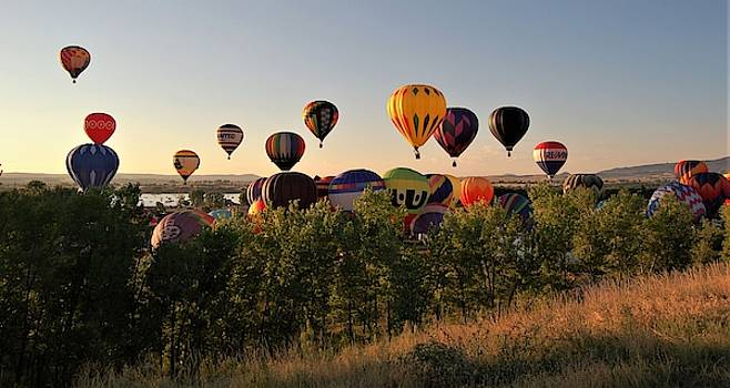 Balloon Festival 3 by Christopher James