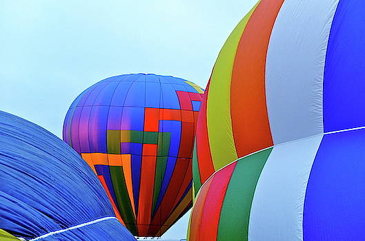 Balloons by Jeffrey PERKINS