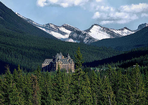 Banff Springs by Jim Hill